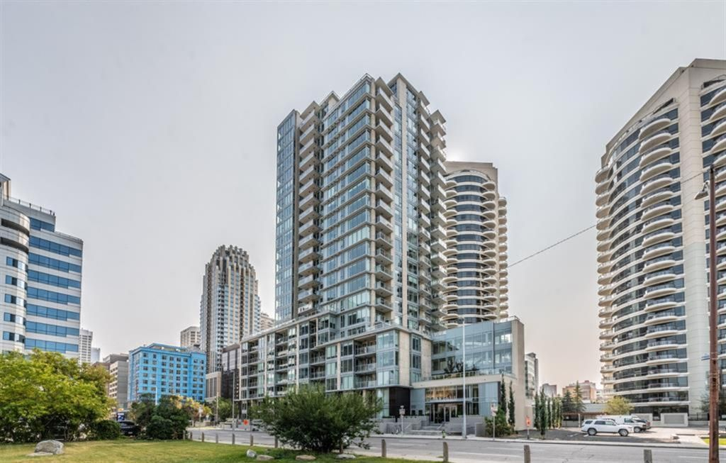 Main Photo: 2007 1025 5 Avenue SW in Calgary: Downtown West End Apartment for sale : MLS®# A1067353