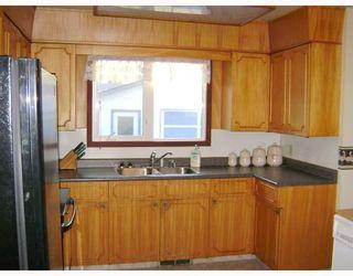 Photo 4: 55 BRIDGEWATER Crescent in WINNIPEG: North Kildonan Residential for sale (North East Winnipeg)  : MLS®# 2719431