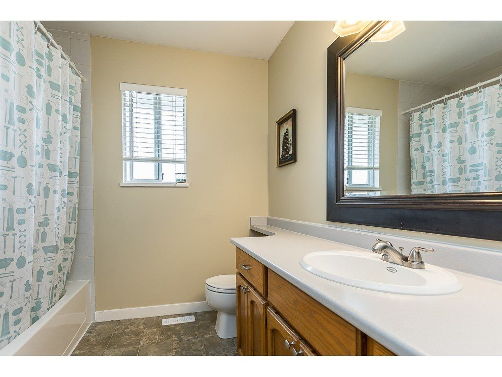 Photo 20: Photos: 35275 BELANGER Drive in Abbotsford: Abbotsford East House for sale : MLS®# R2558993