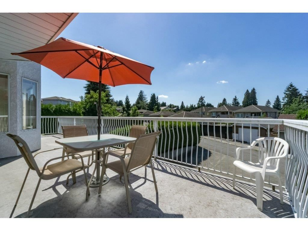 Photo 2: Photos: 7135 4TH Street in Burnaby: Burnaby Lake House for sale (Burnaby South)  : MLS®# R2184143