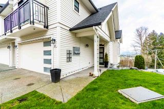 """Photo 2: 11 5797 PROMONTORY Road in Chilliwack: Promontory Townhouse for sale in """"Thorton Terrace"""" (Sardis)  : MLS®# R2554976"""