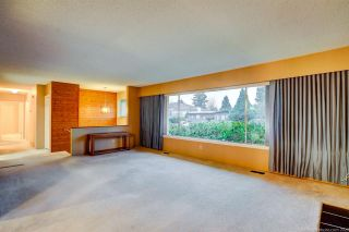 Photo 5: 1189 BRISBANE Avenue in Coquitlam: Harbour Chines House for sale : MLS®# R2522091