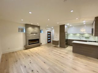 Photo 2: 4 138 W 13TH AVENUE in Vancouver: Mount Pleasant VW Townhouse for sale (Vancouver West)  : MLS®# R2547641
