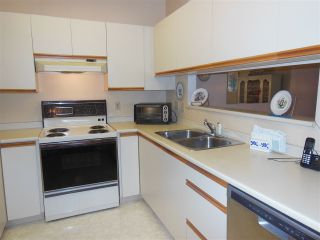 "Photo 7: 401 2800 CHESTERFIELD Avenue in North Vancouver: Upper Lonsdale Condo for sale in ""Somerset Green"" : MLS®# R2116386"