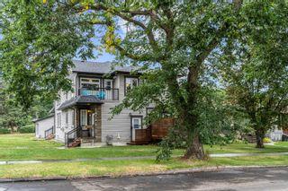 Photo 1: 7604 104 Avenue in Edmonton: Zone 19 House Half Duplex for sale : MLS®# E4261293
