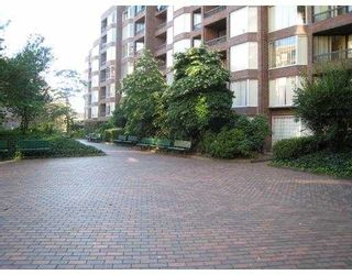 """Photo 1: 708 950 DRAKE Street in Vancouver: Downtown VW Condo for sale in """"ANCHOR POINT"""" (Vancouver West)  : MLS®# V661241"""