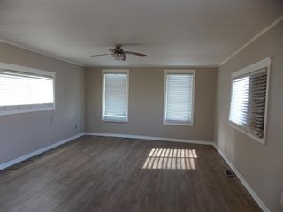 Photo 3: #2 5800 46 Street: Olds Mobile for sale : MLS®# A1086402