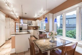 Photo 9: 2588 COURTENAY Street in Vancouver: Point Grey House for sale (Vancouver West)  : MLS®# R2577673