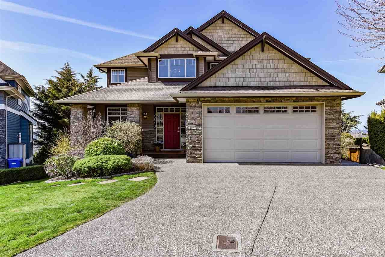 Main Photo: 35410 KRISTIN Court in Abbotsford: Abbotsford East House for sale : MLS®# R2559333