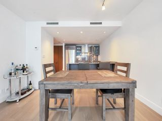 """Photo 6: 2504 1111 ALBERNI Street in Vancouver: West End VW Condo for sale in """"Shangri-La"""" (Vancouver West)  : MLS®# R2602921"""