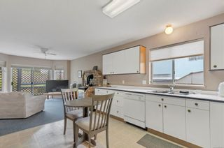 Photo 2: 2720 Keats Ave in : CR Willow Point House for sale (Campbell River)  : MLS®# 866813