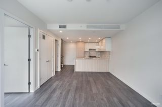"""Photo 13: 2368 DOUGLAS Road in Burnaby: Brentwood Park Townhouse for sale in """"Étoile"""" (Burnaby North)  : MLS®# R2603532"""