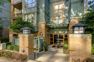 "Photo 1: 102 285 NEWPORT Drive in Port Moody: North Shore Pt Moody Condo for sale in ""THE BELCARRA"" : MLS®# R2190013"