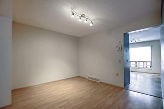 Photo 8: 5 3302 50 Street NW in Calgary: Varsity Row/Townhouse for sale : MLS®# A1147127