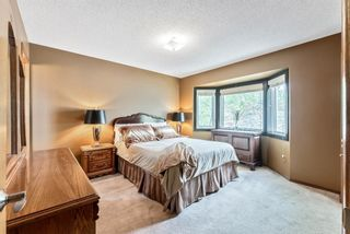 Photo 11: 219 Riverbirch Road SE in Calgary: Riverbend Detached for sale : MLS®# A1109121
