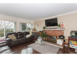 Photo 4: 18274 56B AVENUE in Surrey: Cloverdale BC House for sale (Cloverdale)  : MLS®# R2148216