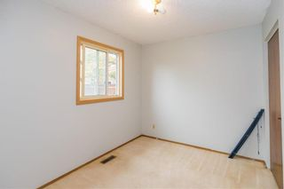 Photo 11: 110 Syracuse Crescent in Winnipeg: Waverley Heights Residential for sale (1L)  : MLS®# 202124302