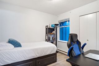 """Photo 14: 31 900 W 17TH Street in North Vancouver: Mosquito Creek Townhouse for sale in """"FOXWOOD"""" : MLS®# R2555250"""