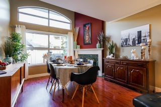 """Photo 5: 10 7250 122 Street in Surrey: East Newton Townhouse for sale in """"STRAWBERRY HILL"""" : MLS®# R2622818"""