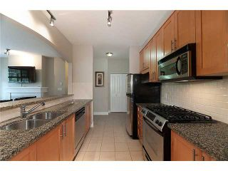 """Photo 4: 110 4885 VALLEY Drive in Vancouver: Quilchena Condo for sale in """"MACLURE HOUSE"""" (Vancouver West)  : MLS®# V881383"""