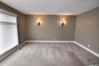 Photo 3: 1238 Baker Place in Prince Albert: Crescent Heights Residential for sale : MLS®# SK867668