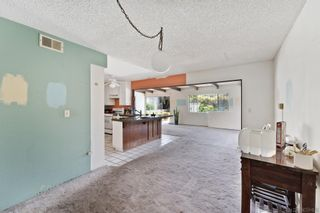 Photo 8: SAN DIEGO House for sale : 4 bedrooms : 4095 Daves Way