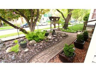 Photo 2: 495 Camden Place in Winnipeg: Residential for sale