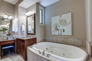 Photo 20: 251 Slopeview Drive SW in Calgary: Springbank Hill Detached for sale : MLS®# A1132385