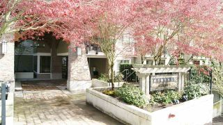 """Photo 19: 119 2088 BETA Avenue in Burnaby: Brentwood Park Condo for sale in """"MEMENTO"""" (Burnaby North)  : MLS®# R2383941"""