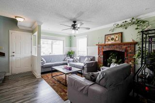 Photo 3: 12441 77A Avenue in Surrey: West Newton House for sale : MLS®# R2569417