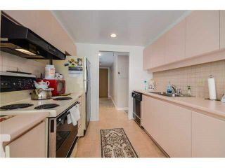 "Photo 13: 202 717 JERVIS Street in Vancouver: West End VW Condo for sale in ""EMERALD WEST"" (Vancouver West)  : MLS®# R2541468"