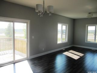 Photo 3: 295 15th Street in Battleford: Residential for sale : MLS®# SK859845