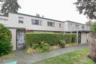 """Photo 19: 603 WESTVIEW Place in North Vancouver: Upper Lonsdale Townhouse for sale in """"Cypress Gardens"""" : MLS®# R2211101"""
