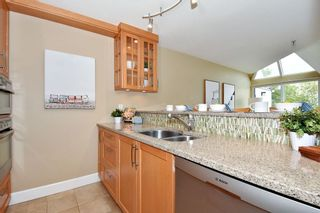 Photo 11: 408 2020 W 8TH AVENUE in Vancouver: Kitsilano Condo for sale (Vancouver West)  : MLS®# R2378621