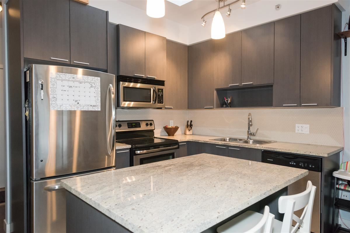 """Main Photo: PH15 707 E 20TH Avenue in Vancouver: Hastings East Condo for sale in """"Blossom"""" (Vancouver East)  : MLS®# R2230408"""