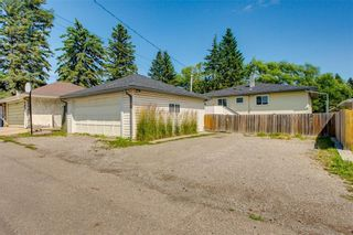 Photo 28: 2017 37 Street SE in Calgary: Forest Lawn Detached for sale : MLS®# A1101949