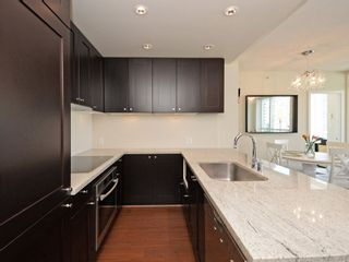 "Photo 4: 1306 821 CAMBIE Street in Vancouver: Downtown VW Condo for sale in ""RAFFLES ON ROBSON"" (Vancouver West)  : MLS®# R2186091"