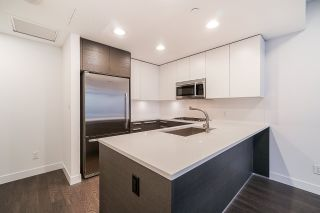"""Photo 9: 2106 2008 ROSSER Avenue in Burnaby: Brentwood Park Condo for sale in """"SOLO"""" (Burnaby North)  : MLS®# R2527577"""