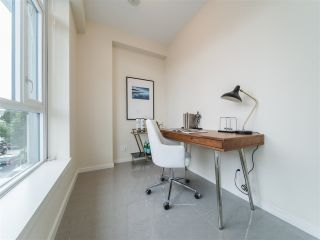 Photo 10: 202 63 W 2ND AVENUE in Vancouver: False Creek Condo for sale (Vancouver West)  : MLS®# R2278434
