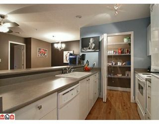 "Photo 2: 324 22020 49TH Avenue in Langley: Murrayville Condo for sale in ""MURRAY GREEN"" : MLS®# F2928123"