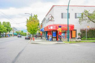 Photo 17: 266 E 17TH AVENUE in Vancouver: Main House for sale (Vancouver East)  : MLS®# R2075031