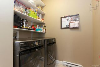 Photo 11: 1054 Whitney Crt in Langford: La Luxton House for sale : MLS®# 723829