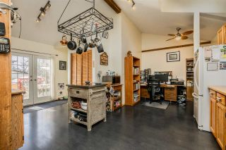 """Photo 8: 1580 LEE Street: White Rock House for sale in """"White Rock"""" (South Surrey White Rock)  : MLS®# R2452357"""