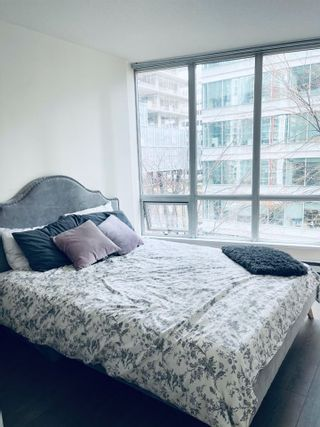 """Photo 9: 908 1166 MELVILLE Street in Vancouver: Coal Harbour Condo for sale in """"ORCA PLACE"""" (Vancouver West)  : MLS®# R2553415"""