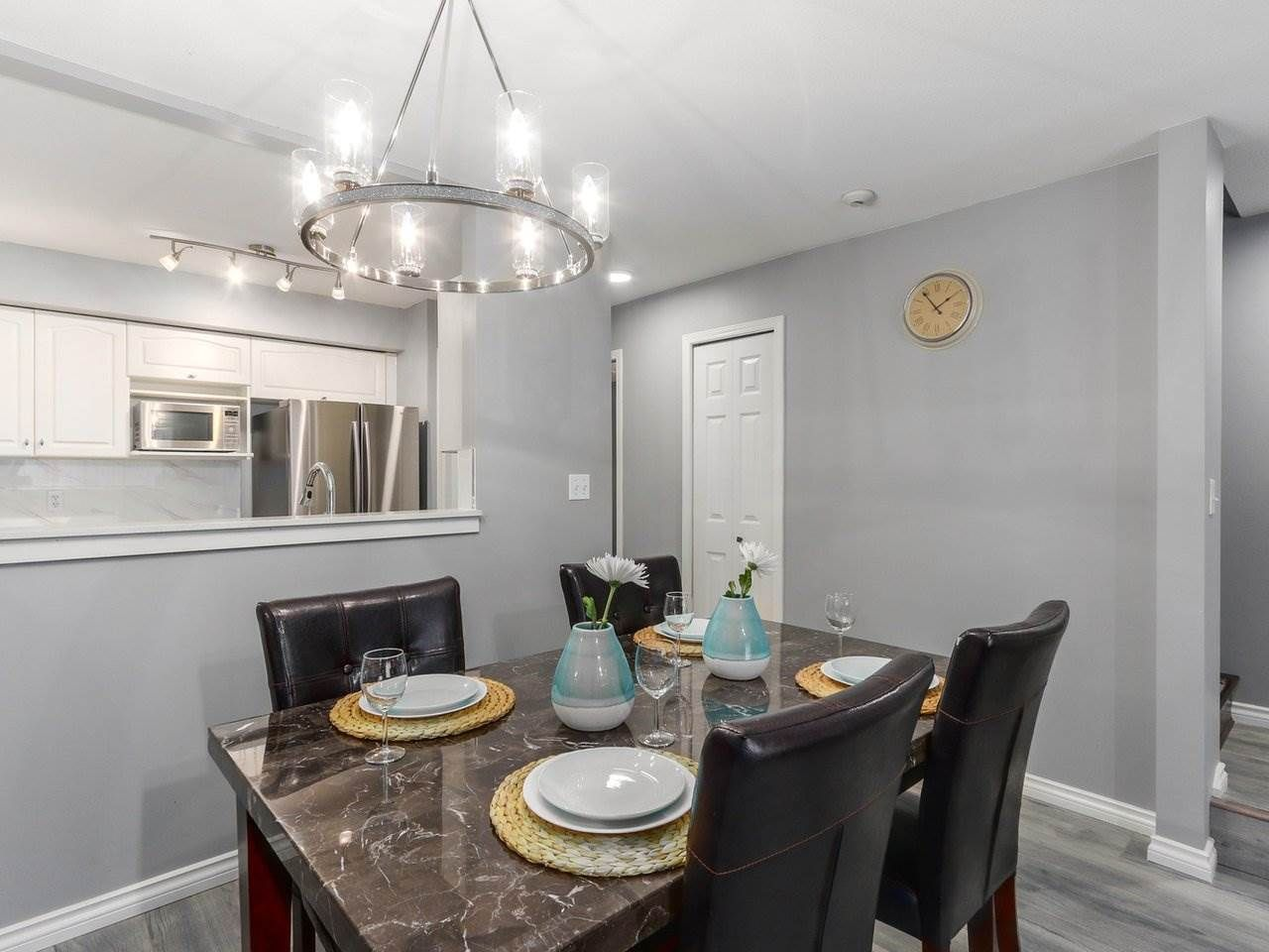 Main Photo: 5 2378 RINDALL AVENUE in Port Coquitlam: Central Pt Coquitlam Condo for sale : MLS®# R2263308