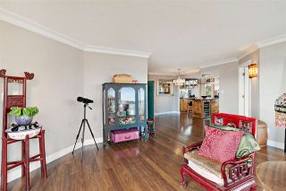 """Photo 5: 1401 1135 QUAYSIDE Drive in New Westminster: Quay Condo for sale in """"ANCHOR POINTE"""" : MLS®# R2538657"""
