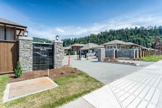 """Photo 2: 33 46110 THOMAS Road in Chilliwack: Vedder S Watson-Promontory House for sale in """"THOMAS CROSSING"""" (Sardis)  : MLS®# R2377002"""