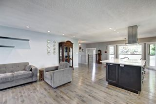 Photo 15: 316 SILVER HILL WY NW in Calgary: Silver Springs House for sale : MLS®# C4265263