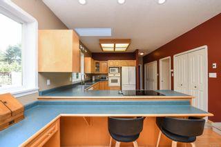 Photo 12: 1025 Vega Rd in : CV Comox Peninsula House for sale (Comox Valley)  : MLS®# 882416