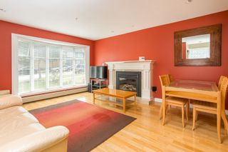 Photo 3: 1121 E 27TH AVENUE in Vancouver: Knight House for sale (Vancouver East)  : MLS®# R2403428